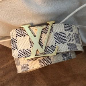 Authentic Louis Vuitton Initiales 40 MM Belt